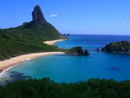 Top 10 best beaches named , Baia do Sancho of Brazil on top