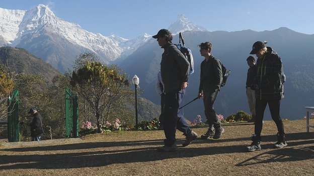 Road threat to Nepal's top tourist area