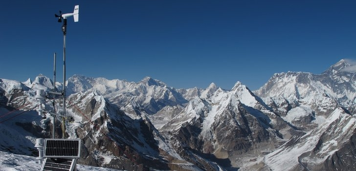 Over 70% of glacier volume in Everest region could be lost by 2100