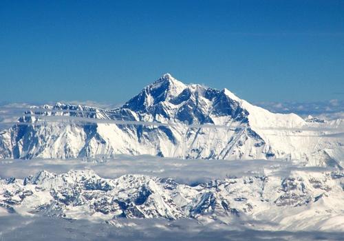 Mt. Qomolangma gets warmer :China report