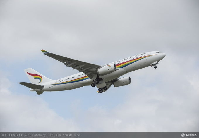 Tibet Airlines receives its first A330