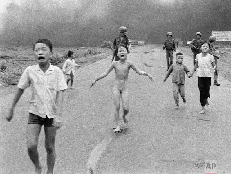 """Historical photo of """"Napalm Girl"""""""